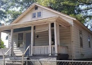 Foreclosed Home in Richmond 23224 DECATUR ST - Property ID: 4416074445