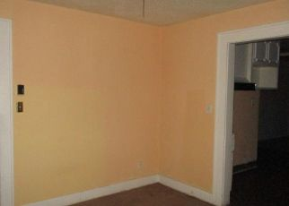 Foreclosed Home in Amarillo 79101 S TRAVIS ST - Property ID: 4416106418