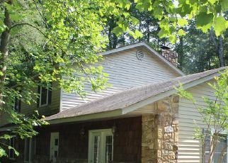 Foreclosed Home in Gatlinburg 37738 REBA LN - Property ID: 4416144972