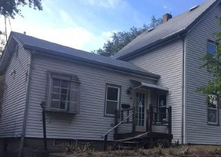 Foreclosed Home in Pawtucket 02860 HURLEY AVE - Property ID: 4416200141