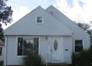 Foreclosed Home in Cleveland 44134 LINCOLN AVE - Property ID: 4416252708