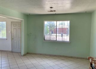 Foreclosed Home in Albuquerque 87121 LUCRETIA ST SW - Property ID: 4416290817