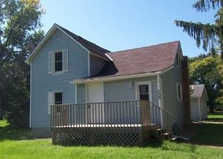 Foreclosed Home in Hutchinson 55350 DALE ST SW - Property ID: 4416418701
