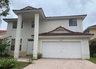 Foreclosed Home in Miami 33196 SW 153RD CT - Property ID: 4416448926