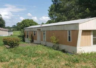 Foreclosed Home in Horse Cave 42749 LEGRANDE HWY - Property ID: 4416536513