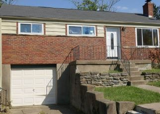 Foreclosed Home in Cincinnati 45239 MONFORT HILLS AVE - Property ID: 4416552720