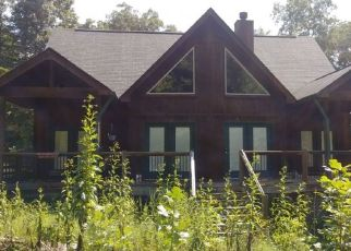 Foreclosed Home in Borden 47106 CABIN HILL RD - Property ID: 4416553593