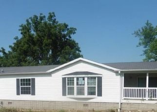 Foreclosed Home in Seymour 52590 S PARK AVE - Property ID: 4416573748
