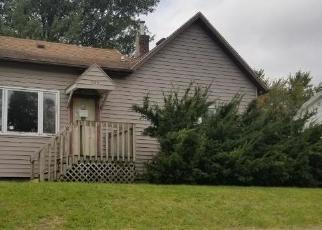 Foreclosed Home in Oskaloosa 52577 N 4TH ST - Property ID: 4416579431