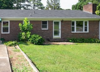 Foreclosed Home in Winston Salem 27107 ELECTRIC DR - Property ID: 4416607459