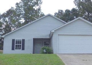 Foreclosed Home in West Blocton 35184 HILLS MINE AVE - Property ID: 4416731859