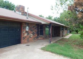 Foreclosed Home in Blanchard 73010 S COUNTY LINE AVE - Property ID: 4416734926