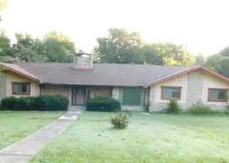 Foreclosed Home in Independence 67301 S PENN AVE - Property ID: 4416737991