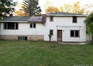 Foreclosed Home in Bloomfield 06002 BLUE HILLS AVE - Property ID: 4416781334