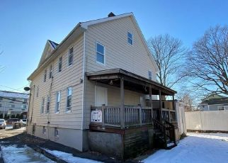 Foreclosed Home in Stamford 06902 FERRIS AVE - Property ID: 4416805426