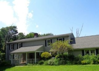 Foreclosed Home in Easton 06612 BANKS RD - Property ID: 4416816375