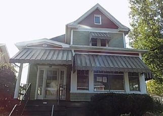 Foreclosed Home in Elizabeth 15037 3RD AVE - Property ID: 4416872882