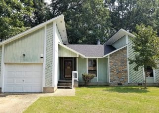 Foreclosed Home in Fayetteville 28314 WILDER DR - Property ID: 4416901335