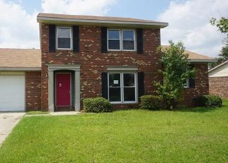 Foreclosed Home in Fayetteville 28314 HAZELHURST DR - Property ID: 4416943840