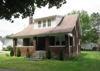 Foreclosed Home in Clearfield 16830 LINDEN ST - Property ID: 4416953914