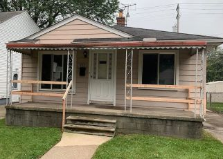 Foreclosed Home in Lincoln Park 48146 WHITE AVE - Property ID: 4416973163