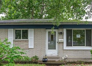 Foreclosed Home in Westland 48186 BERKSHIRE ST - Property ID: 4416977104