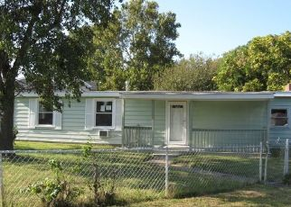 Foreclosed Home in Chesapeake 23325 STALHAM RD - Property ID: 4416997252