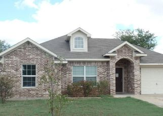 Foreclosed Home in Waco 76705 TOMAHAWK DR - Property ID: 4417016529