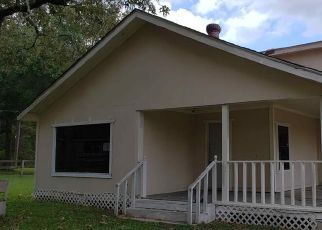Foreclosed Home in Magnolia 77355 TURTLE CREEK LN - Property ID: 4417019147