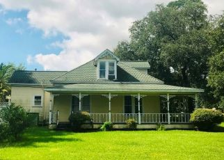 Foreclosed Home in Port Arthur 77642 GRIFFING DR - Property ID: 4417041941
