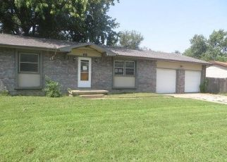 Foreclosed Home in Haysville 67060 N JAMES AVE - Property ID: 4417065586