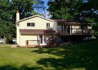 Foreclosed Home in Waterford 48329 HIGHFIELD RD - Property ID: 4417128204