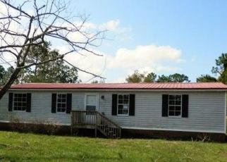 Foreclosed Home in Hubert 28539 POND DR - Property ID: 4417134338
