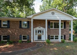 Foreclosed Home in Winston Salem 27103 FOREST MANOR DR - Property ID: 4417136536
