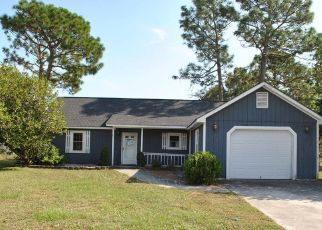 Foreclosed Home in Hubert 28539 FOXTRACE LN - Property ID: 4417137408