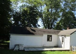Foreclosed Home in Wallkill 12589 RESERVOIR RD - Property ID: 4417140479