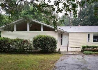 Foreclosed Home in Mobile 36609 MICHAEL BLVD - Property ID: 4417171125