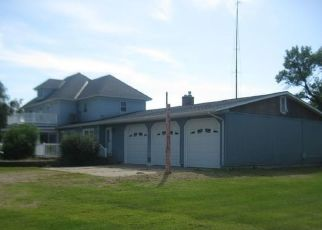 Foreclosed Home in Benson 56215 70TH ST NE - Property ID: 4417217566