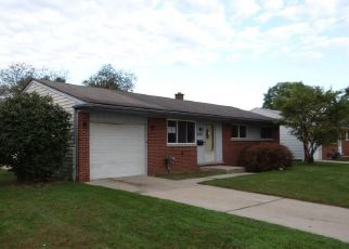 Foreclosed Home in Sterling Heights 48313 MEMPHIS DR - Property ID: 4417232450