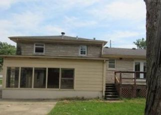 Foreclosed Home in Louisville 40219 JEANINE DR - Property ID: 4417299458