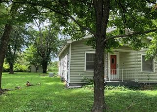 Foreclosed Home in Parsons 67357 S 32ND ST - Property ID: 4417309537