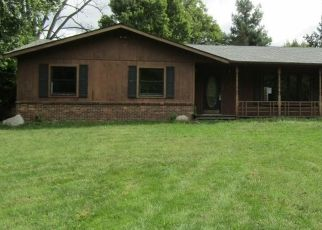 Foreclosed Home in Plymouth 46563 ROSE RD - Property ID: 4417325749