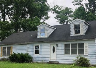 Foreclosed Home in Pinckneyville 62274 STATE ROUTE 154 - Property ID: 4417331882