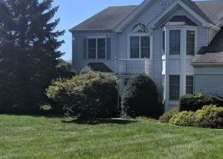 Foreclosed Home in Pittstown 08867 MIDVALE DR - Property ID: 4417341509