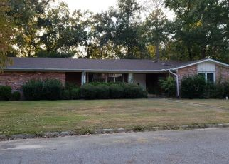 Foreclosed Home in Valdosta 31605 SEDGEFIELD DR - Property ID: 4417352451