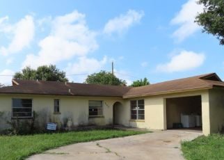 Foreclosed Home in Clewiston 33440 VIRGINIA AVE - Property ID: 4417363853