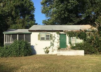 Foreclosed Home in Mechanicsville 20659 LINCOLN RD - Property ID: 4417378743