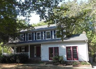 Foreclosed Home in Charlotte 28262 WINSTED CT - Property ID: 4417450567