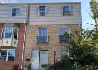 Foreclosed Home in Gaithersburg 20878 TIMBER ROCK RD - Property ID: 4417555232
