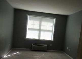 Foreclosed Home in Weehawken 07086 HARBOR BLVD - Property ID: 4417563562